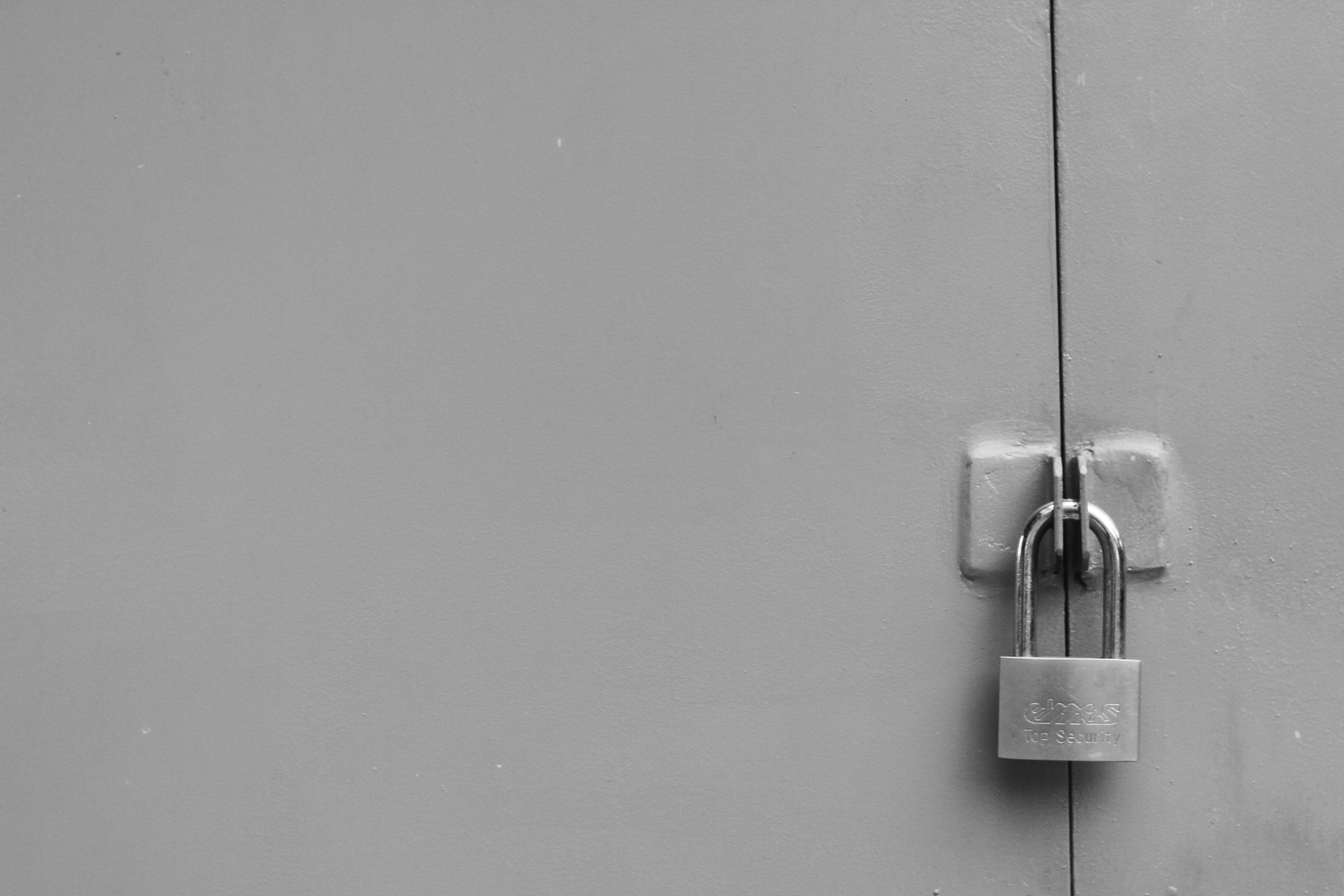 locked_9.jpg